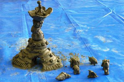 水粘土による造形
